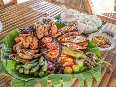 Filipino Mixed Seafood Grill Imagens