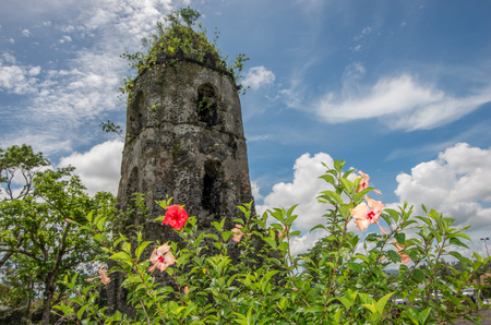 mayon: Cagsawa Church Toewr