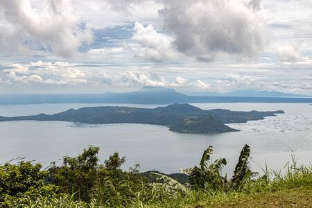 Beautiful Taal lake view from Tagaytay, Philippines Imagens