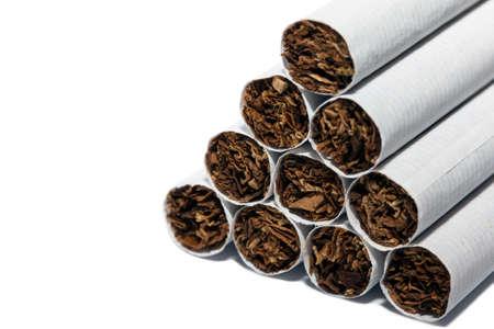 Een piramide van sigaretten vanuit een andere hoek Stockfoto