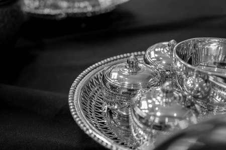 silverware: plater�a blanco y negro