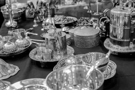 silverware: cubiertos