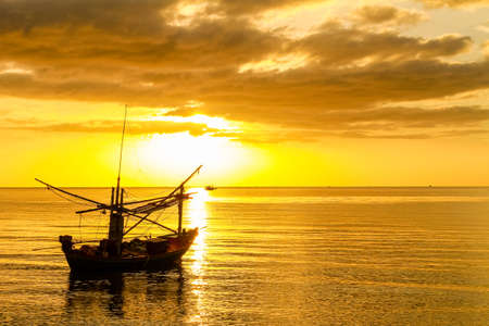 Boat at sunshine Zdjęcie Seryjne