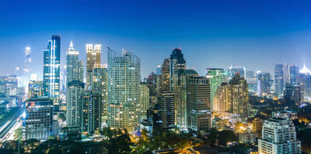 Bangkok vista sulla città di notte, Thailandia
