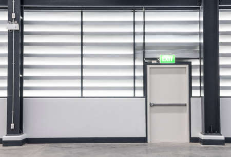 Building Emergency Exit Standard-Bild