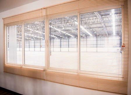 shutter: Venetian blinds