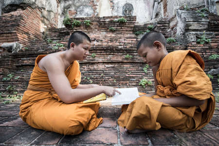 novice: Teach young novice monks Stock Photo