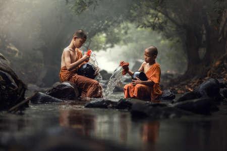 buddhist monk: Novice Monk in Thailand