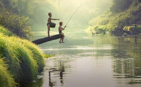visserij van de jongen
