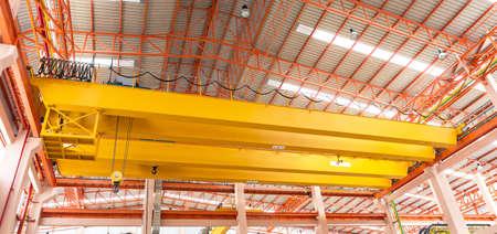 生産工場天井クレーン