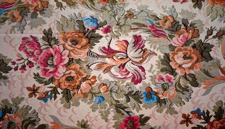 古い布の花