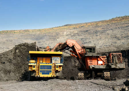 coal mining: Mining of iron ore by open way
