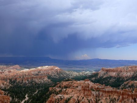 A photograph of Bryce Canyon National Park