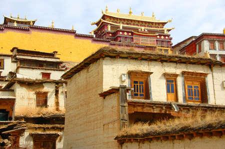 lamaism: Tibet temple in Zhongdian