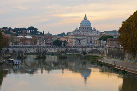 tevere: Saint Peter Basilica in Rome at sunset
