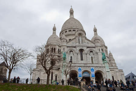 sacred heart: Basilica of the Sacred Heart, Paris Editorial