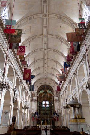 invalides: Church of Saint Louis des Invalides in Paris Editorial