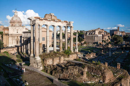spqr: Foro Romano en Roma, Italia Foto de archivo