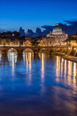 vatican city: St. Peter's Basilica at night in Rome, Italy