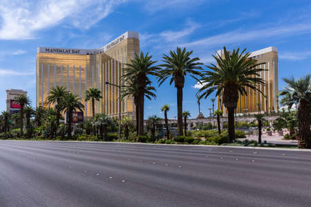delano: LAS VEGAS, NV - AUGUST 12: View of Mandalay Bay and Delano hotels and casinos on August 12, 2015 in Las Vegas, USA. Mandalay Bay and Delano are located on the famous Las Vegas Strip.