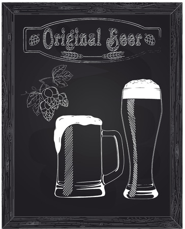 mooie mok en een glas met bier en schuim getekend met krijt Stock Illustratie