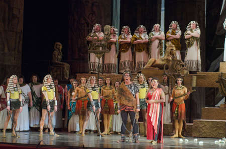 DNIPRO, UKRAINE - NOVEMBER 26, 2016: Aida opera performed by members of the Dnipro Opera and Ballet Theatre. Редакционное