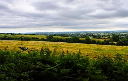 ナニートン英国 Hartshill ヘイズの国公園の丘の上からの眺め