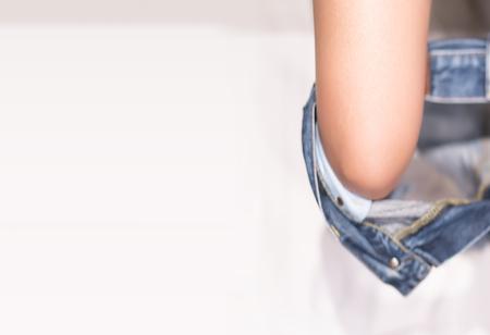 Take off trouser for toilet 版權商用圖片