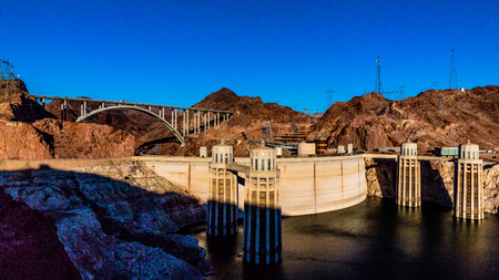 hoover dam: Las Vegas, NV, USA - May 9, 2016:  Vistas of Hoover Dam, Lake Mead and the Mike OCallaghan�Pat Tillman Memorial Bridge located near to Las Vegas, Nevada. Editorial