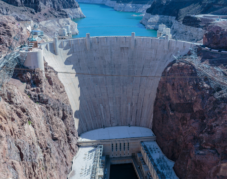 mead: Las Vegas, NV, USA - May 9, 2016:  Vistas of Hoover Dam, Lake Mead and the Mike OCallaghan�Pat Tillman Memorial Bridge located near to Las Vegas, Nevada. Editorial