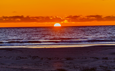 View of Pacific Ocean at sunset, Pismo Beach, California Imagens