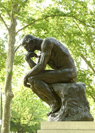 Philadelphia, USA - May 29, 2018: Statue of The Thinker at the Rodin Museum in Philadelphia, PA, USA Editoriali