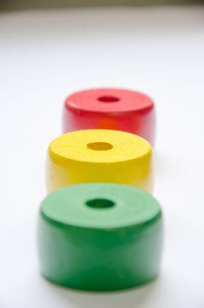 Wooden Japan toys1 mit wei�em Hintergrund
