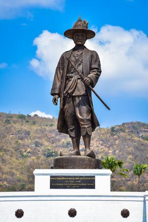 King Buddha Yod Fa Chulalok the great statue at Great Kings monument at Rajabhakdi Park, Hua-Hin, Prachuap Khiri Khan,Thailand. Banco de Imagens - 65908386
