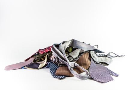 Stos krawaty Izolowanie na białym tle
