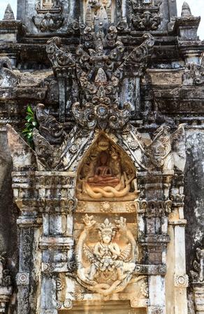ing: detail Ing Hang Stupa in Savannakhet, Laos