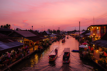thailand: floating market Amphawa Stock Photo