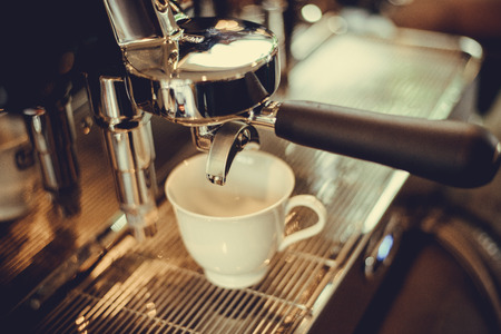 baristas: coffe manchine Professional coffee The coffee Drinks containing caffeine,The brew coffee shop