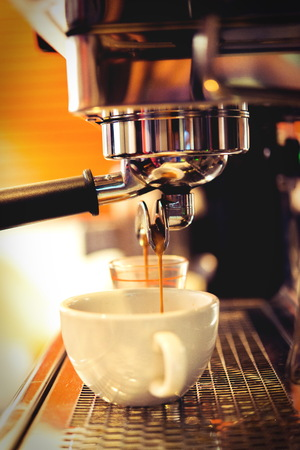 baristas: coffe manchine Professional coffee The coffee Drinks containing caffeine,The brew coffee shop