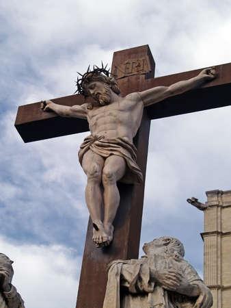 jesus on cross: Crucifijo en el Palacio de los Papas en Avignon, Francia Foto de archivo