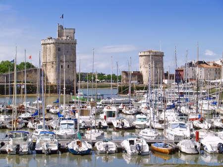 le port (vieux port) de La Rochelle, en France, r�gion poitou Charente