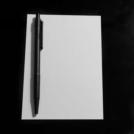 Pen and Note Paper Banco de Imagens