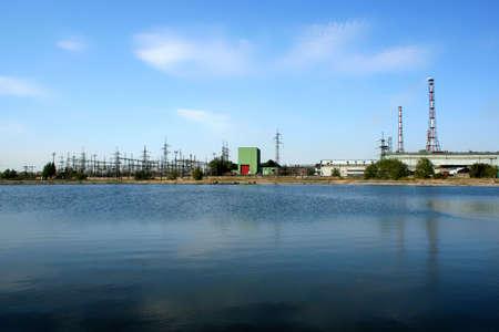 industrial landscape: Lago a terra del paesaggio industriale