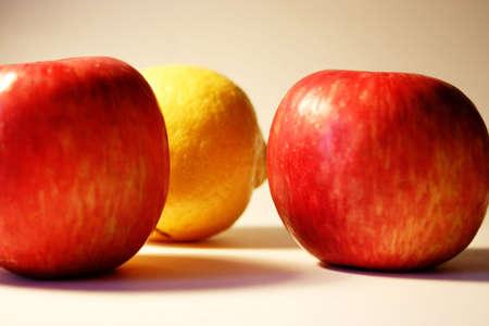 apple and lemon photo