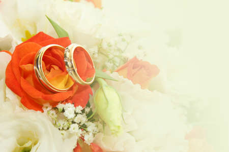 abstract scene with wedding rings as celebration background  Standard-Bild