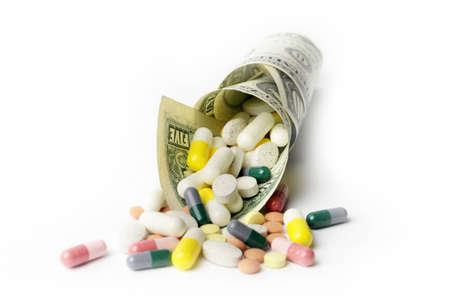 Kleine Heap von Papier Dollar Geldbuße und Medikamente Standard-Bild - 32527141