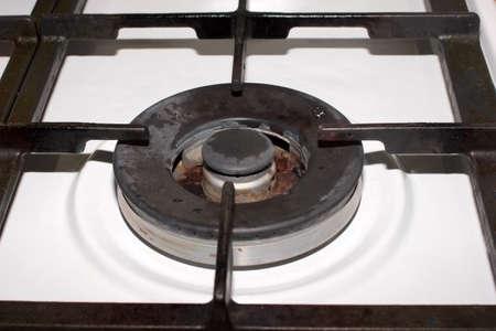 brillante llama del quemador de gas estufa de la cocina