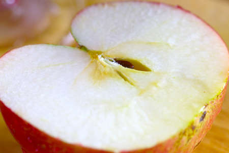 Pieces of sliced ??fresh apple prepared for eating