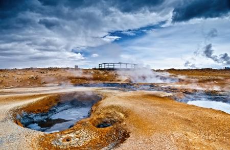 Mudpot am Hverir, Island Standard-Bild - 15077145