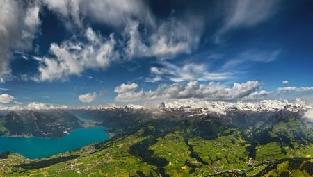 Aerial Panorama von Schweizer Alpen Standard-Bild - 21865708
